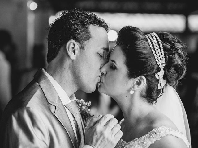 O casamento de Fabiano e Kenia em Serra, Espírito Santo 83