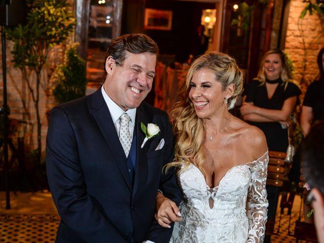 O casamento de Murilo e Paola em São Paulo, São Paulo 35