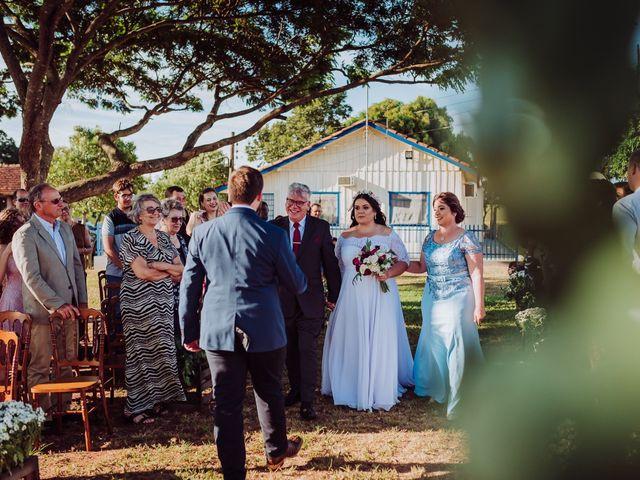 O casamento de Luís Fernando  e Ana Cláudia em Itaquiraí, Mato Grosso do Sul 21