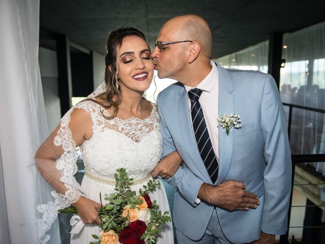 O casamento de Willian e Barbara em Itapema, Santa Catarina 25