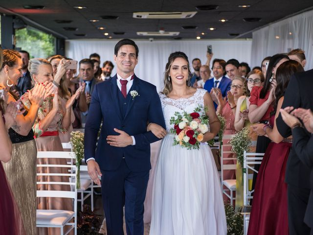 O casamento de Willian e Barbara em Itapema, Santa Catarina 30