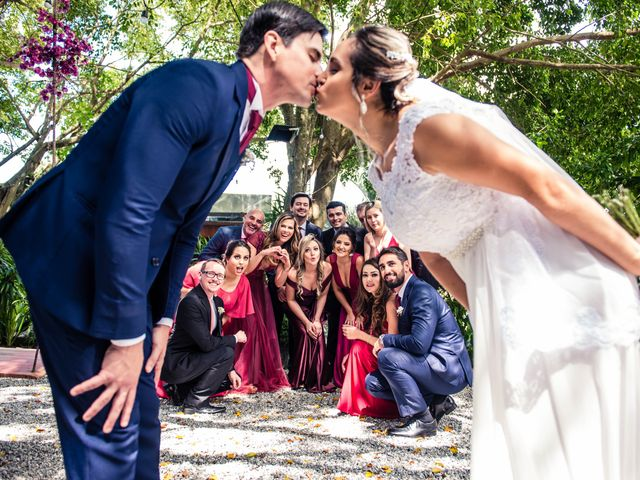 O casamento de Willian e Barbara em Itapema, Santa Catarina 53
