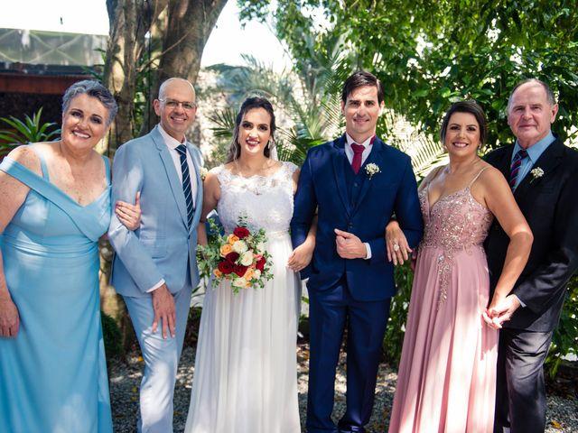 O casamento de Willian e Barbara em Itapema, Santa Catarina 57