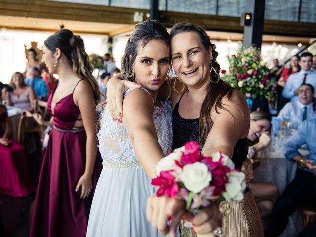 O casamento de Willian e Barbara em Itapema, Santa Catarina 78