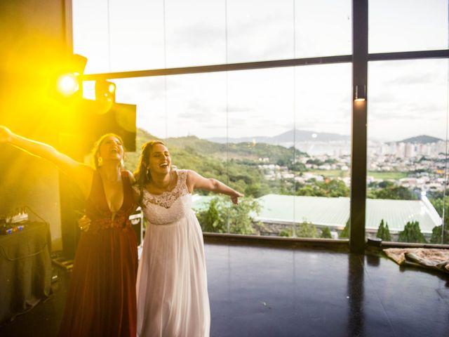 O casamento de Willian e Barbara em Itapema, Santa Catarina 104