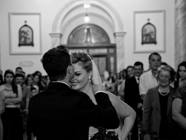 O casamento de Cristiano e Larissa em Paraguaçu, Minas Gerais 3