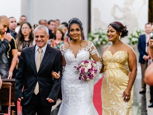 O casamento de Lucas e Luiza em Contagem, Minas Gerais 33