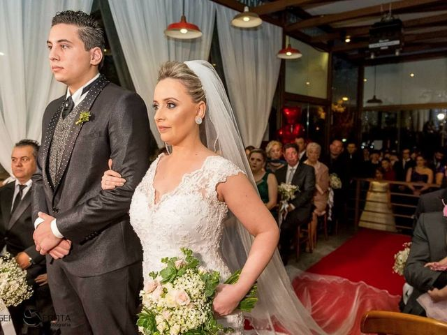 O casamento de Gustavo e Eliziane em Porto Alegre, Rio Grande do Sul 7