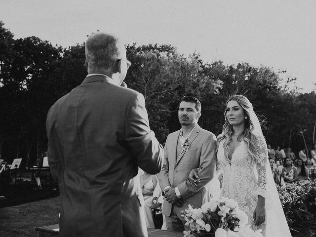 O casamento de Wyllian e Mariana em Arraial D'Ajuda, Bahia 23