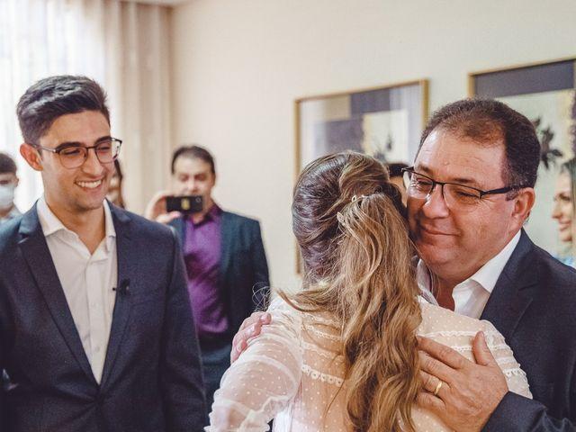 O casamento de Douglas e Priscila em Maringá, Paraná 10