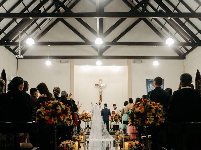 O casamento de Rafael e Paola em Joinville, Santa Catarina 25