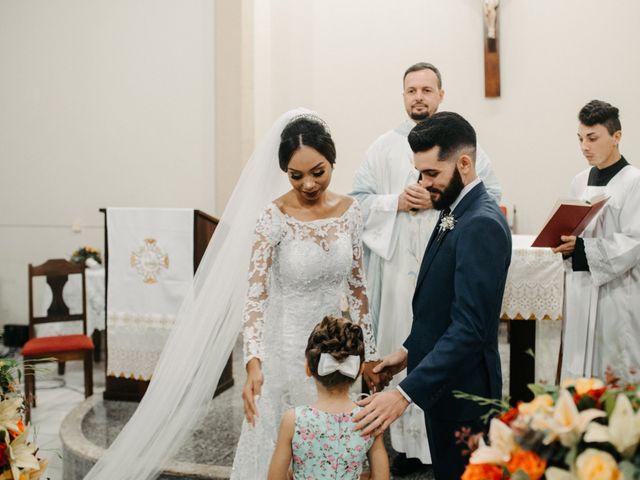 O casamento de Rafael e Paola em Joinville, Santa Catarina 35