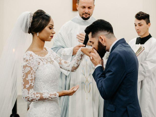 O casamento de Rafael e Paola em Joinville, Santa Catarina 37