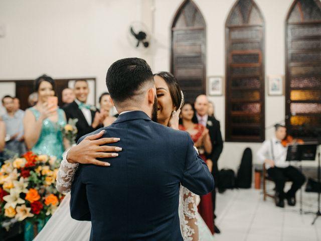 O casamento de Rafael e Paola em Joinville, Santa Catarina 49