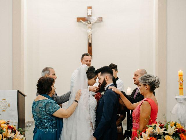 O casamento de Rafael e Paola em Joinville, Santa Catarina 53