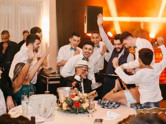 O casamento de Rafael e Paola em Joinville, Santa Catarina 100
