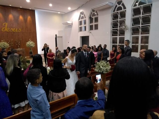 O casamento de Ana Luiza e Ivon em Betim, Minas Gerais 4