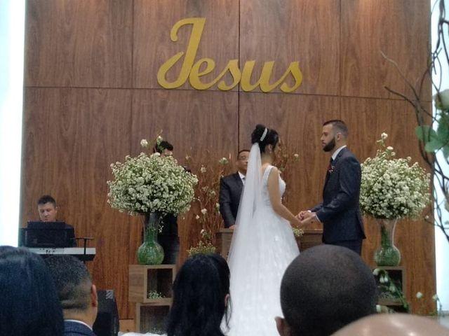 O casamento de Ana Luiza e Ivon em Betim, Minas Gerais 5