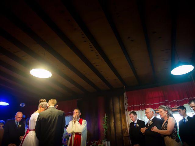 O casamento de Rafael e Dominique em Indaial, Santa Catarina 46
