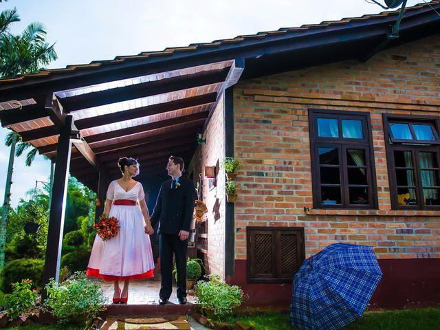 O casamento de Rafael e Dominique em Indaial, Santa Catarina 56