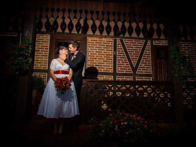 O casamento de Rafael e Dominique em Indaial, Santa Catarina 61