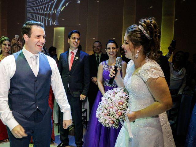 O casamento de Rafael e Amanda em Santo André, São Paulo 41