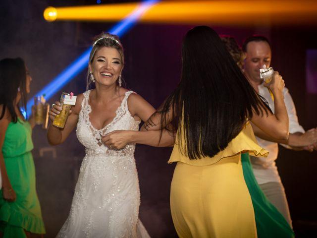 O casamento de Rodrigo e Daiane em Itapema, Santa Catarina 21