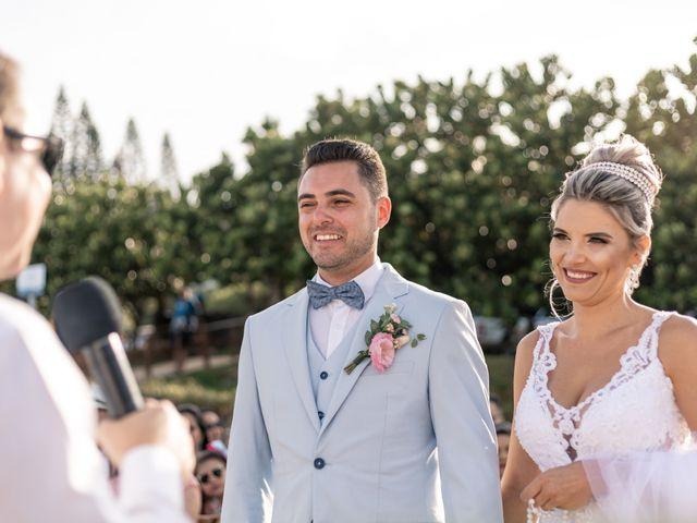 O casamento de Rodrigo e Daiane em Itapema, Santa Catarina 12