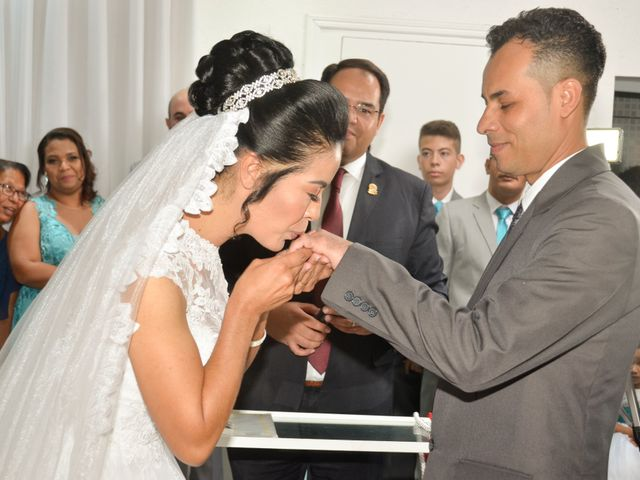 O casamento de lino e cislene em Osasco, São Paulo 18