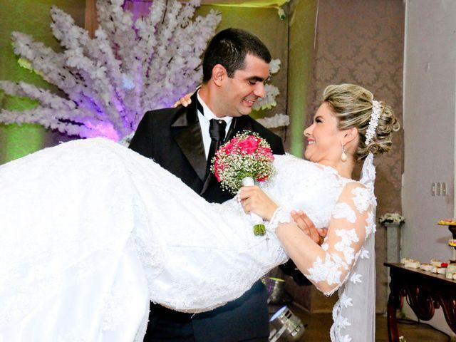 O casamento de Nelson e Régia Márcia em Fortaleza, Ceará 2