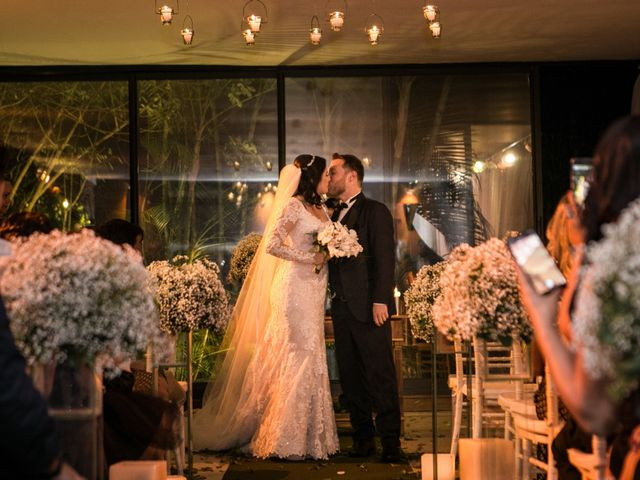 O casamento de Fernando e Daniela em Pompéia, São Paulo 37