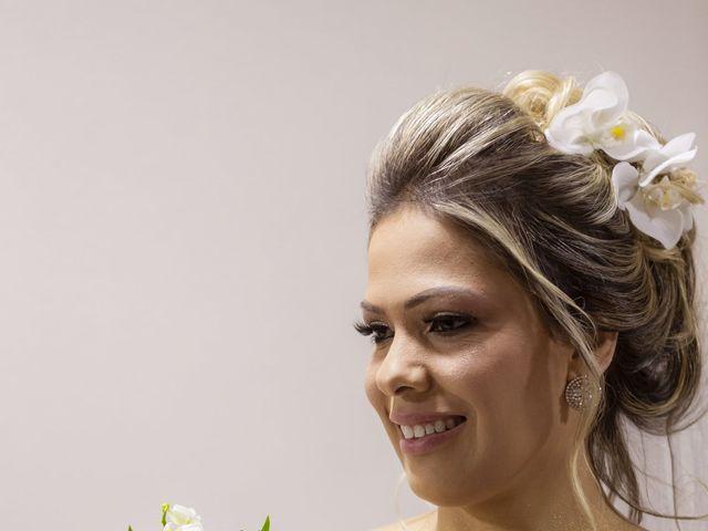 O casamento de Gislaine e Ênio em São Paulo, São Paulo 35