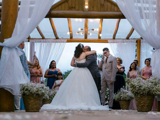 O casamento de Samantha e Isaías em Igaratá, São Paulo 14