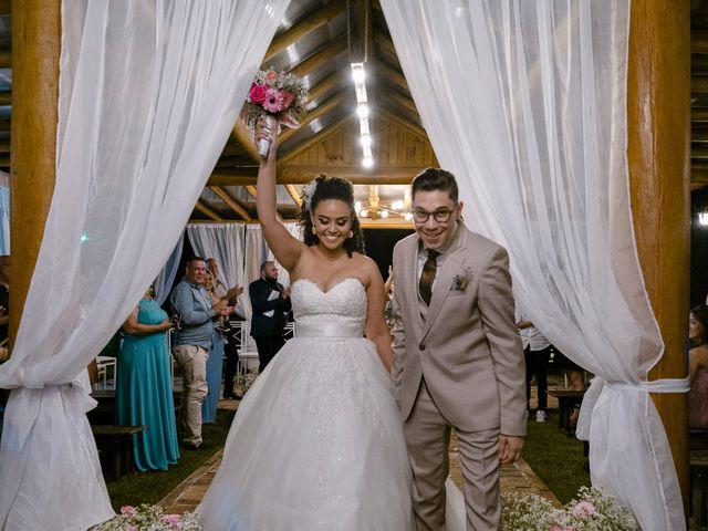 O casamento de Samantha e Isaías em Igaratá, São Paulo 23