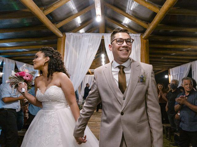 O casamento de Samantha e Isaías em Igaratá, São Paulo 24