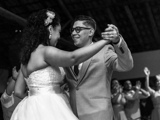 O casamento de Samantha e Isaías em Igaratá, São Paulo 32