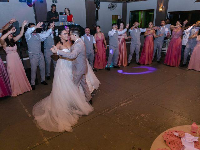 O casamento de Samantha e Isaías em Igaratá, São Paulo 39