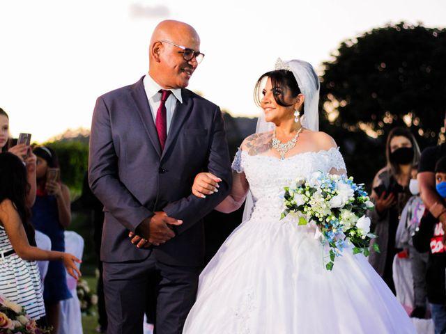 O casamento de Douglas e Nildete em Franco da Rocha, São Paulo 33