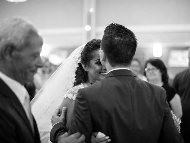 O casamento de Reginaldo e Raquel em Nova Odessa, São Paulo 35