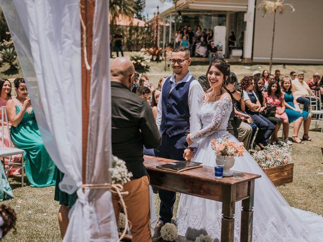 O casamento de Victor e Amanda em Mairinque, São Paulo 59