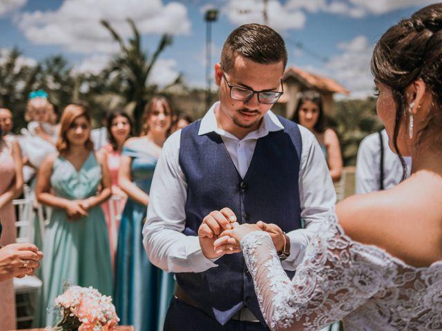 O casamento de Victor e Amanda em Mairinque, São Paulo 71