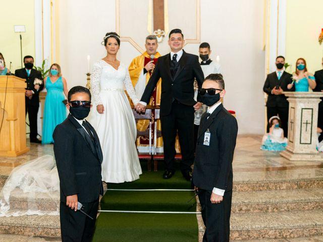 O casamento de Damião e Halayne em Diadema, São Paulo 38