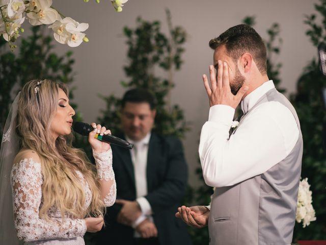 O casamento de Clenilson e Gessica em Curitiba, Paraná 16