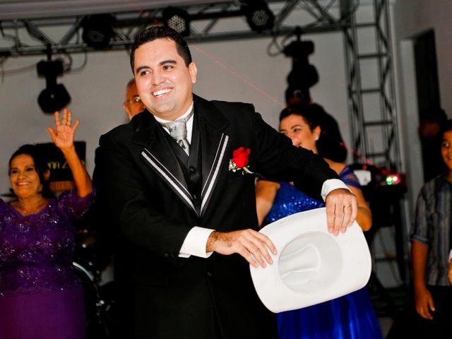 O casamento de Thiago e Tatiana em Fortaleza, Ceará 29