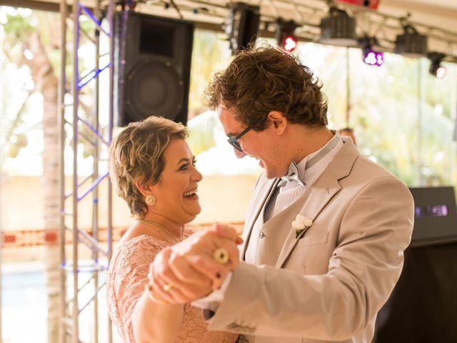O casamento de Rafael e Renata em Maringá, Paraná 93