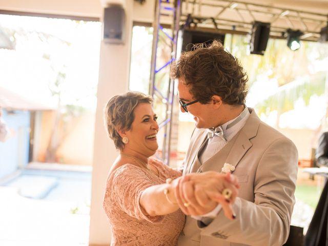O casamento de Rafael e Renata em Maringá, Paraná 94