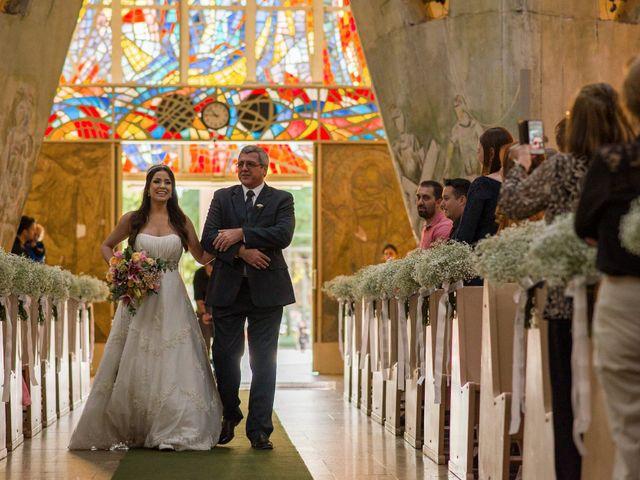 O casamento de Rafael e Renata em Maringá, Paraná 228