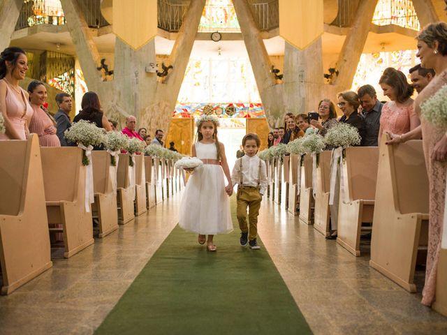 O casamento de Rafael e Renata em Maringá, Paraná 243