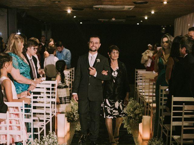 O casamento de Jailton e Renata em Itapema, Santa Catarina 69