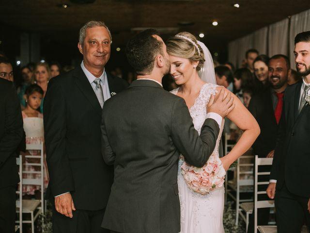 O casamento de Jailton e Renata em Itapema, Santa Catarina 85